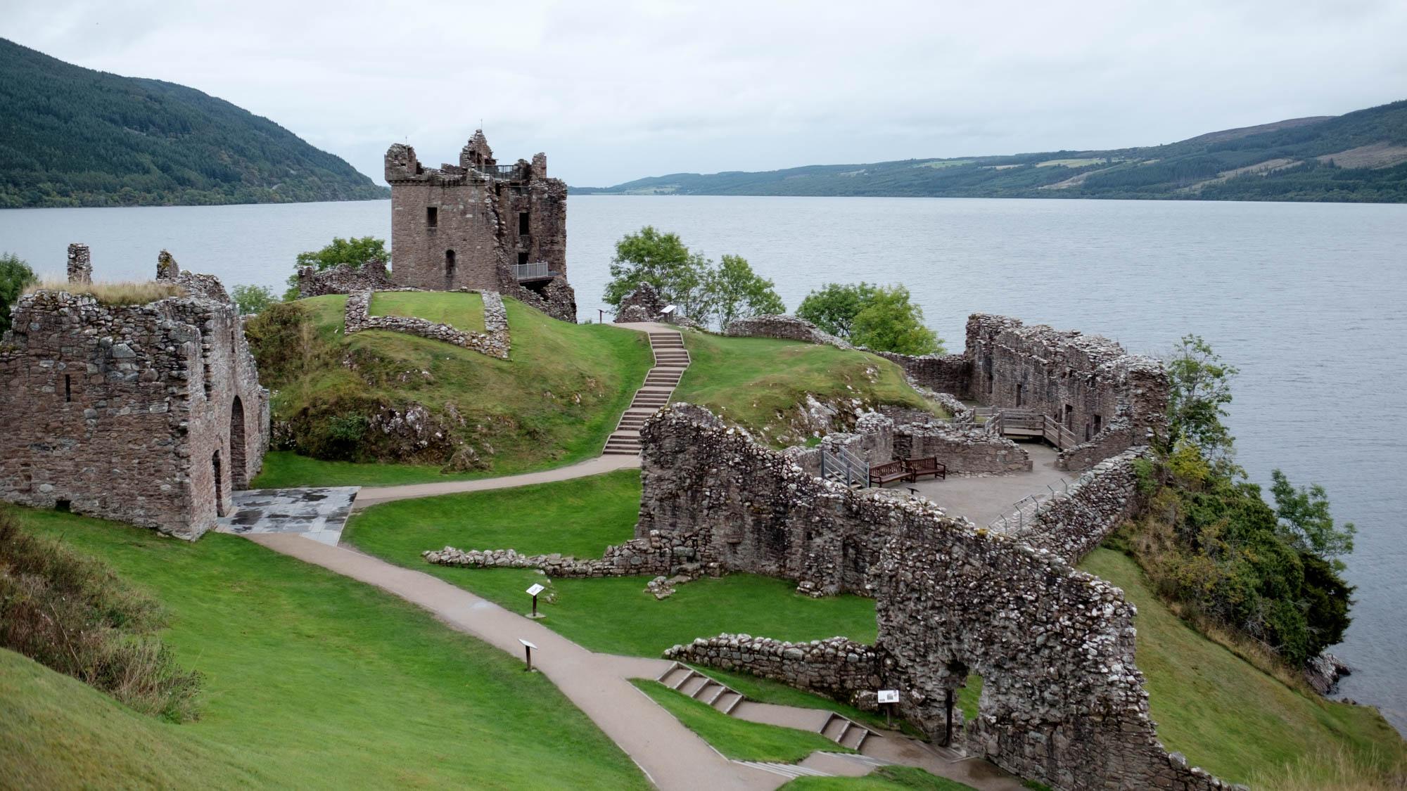 Urquhard Castle am Loch Ness Schottland