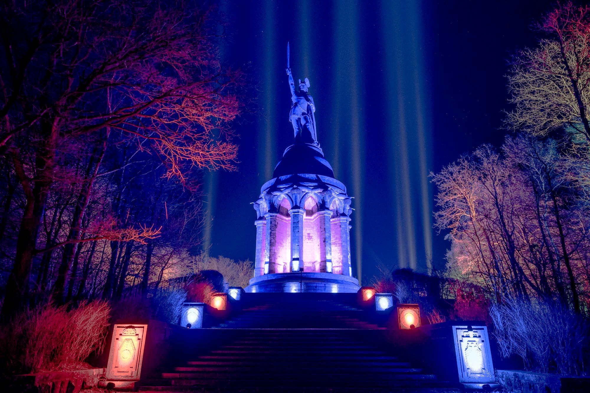 Hermann leuchtet 2018 Hermannsdenkmal Detmold