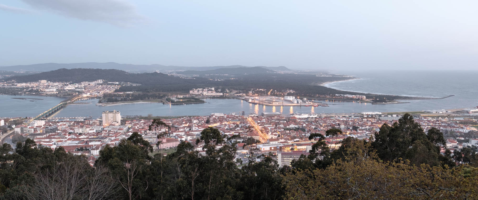 Viana do Castelo am Abend