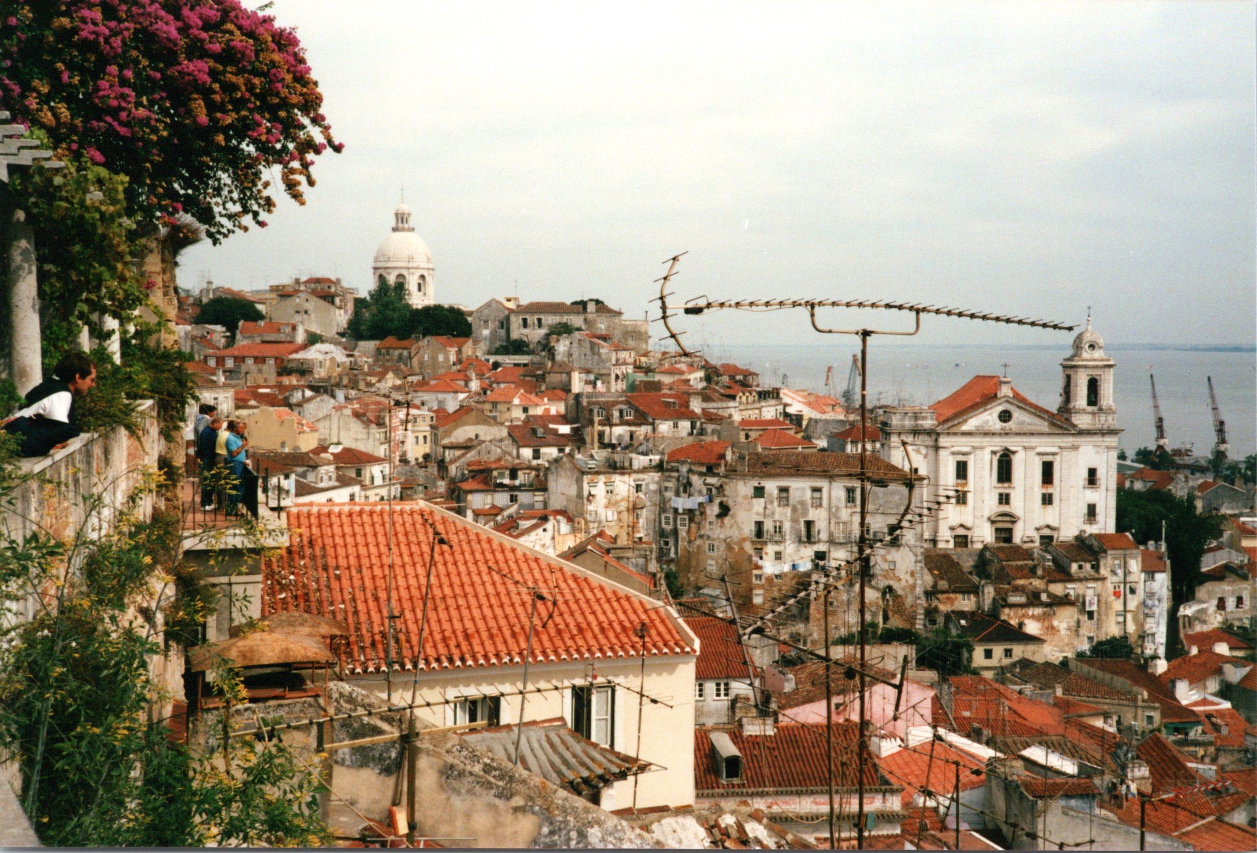 Dieses Bild hat ein leeres Alt-Attribut. Der Dateiname ist 1989_10_s_portugal_0041-2500x1697.jpg