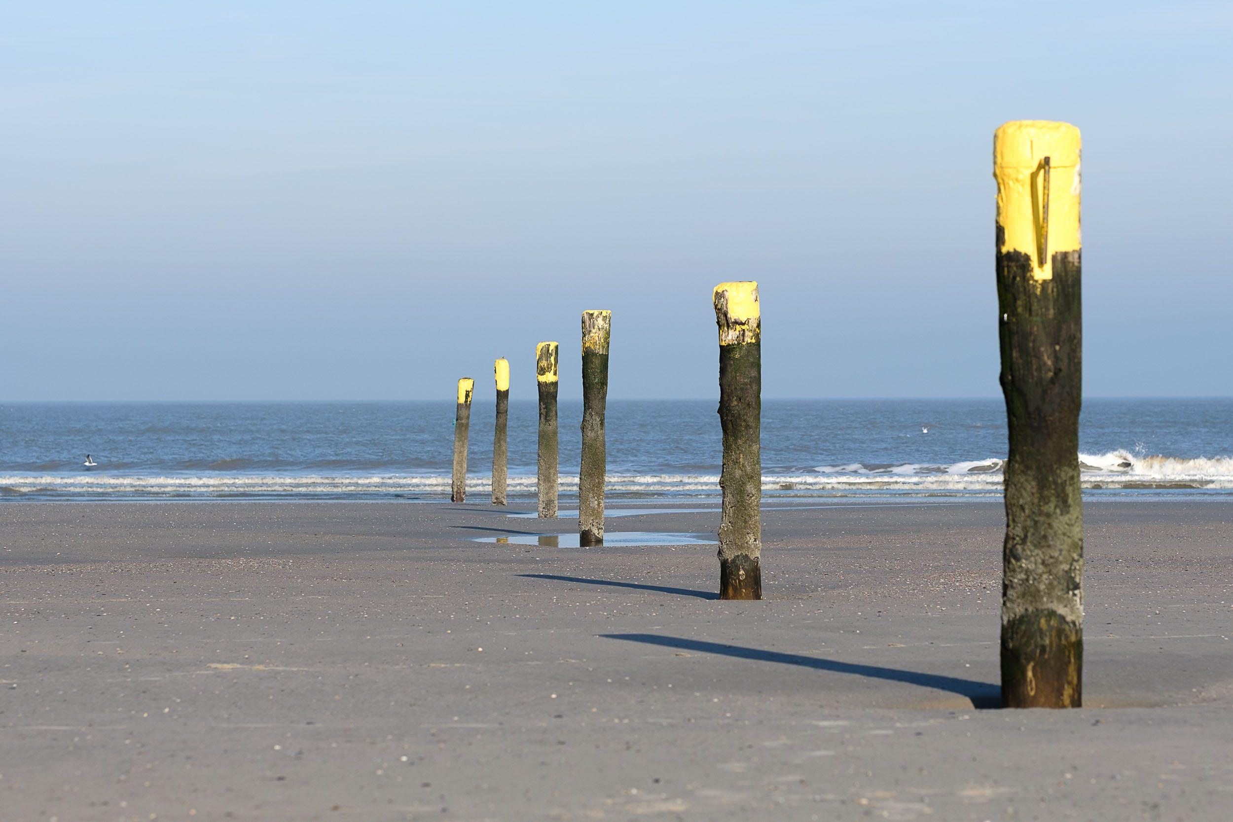 Poller am Strand Norderney