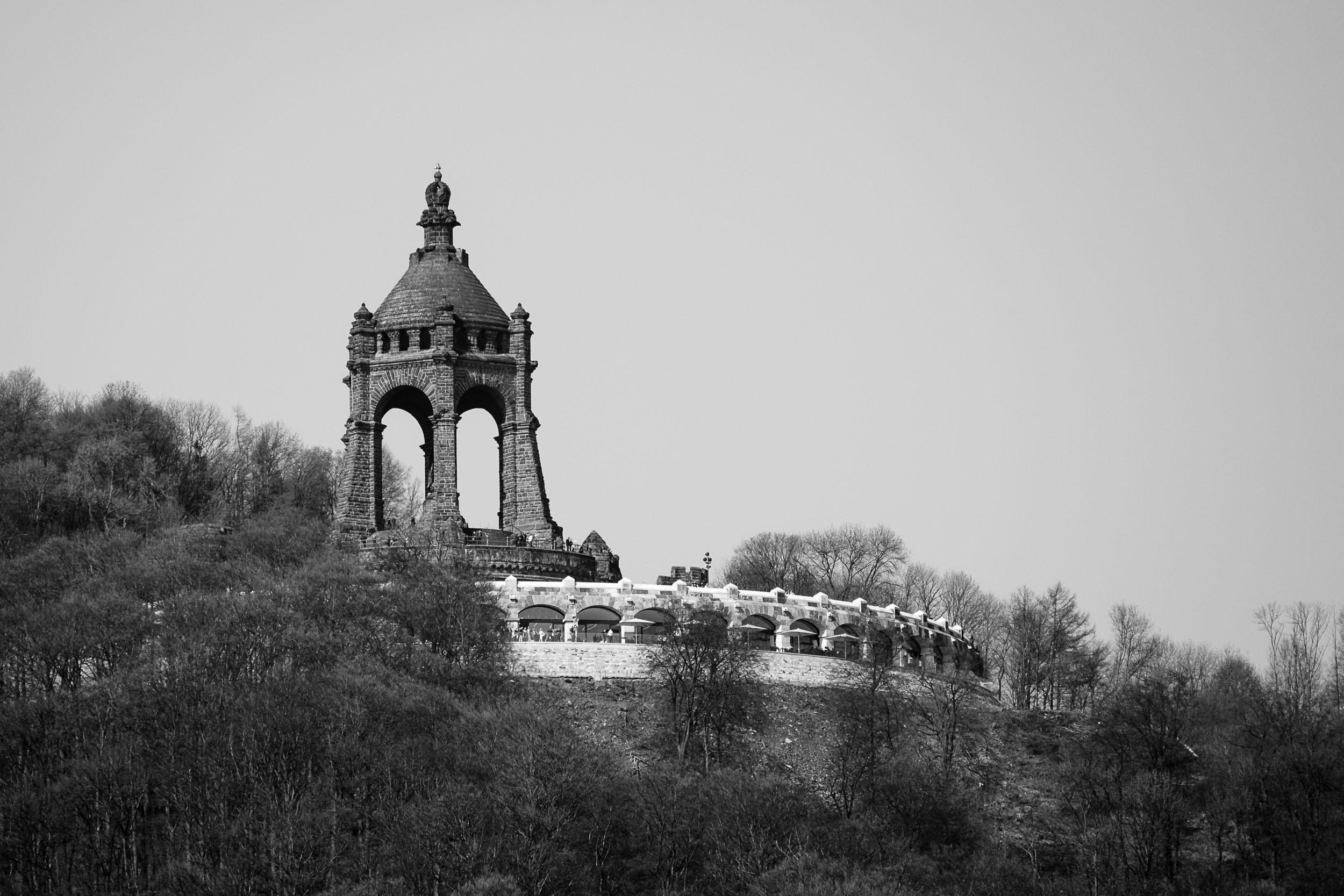 Frühling am Kaiser-Wilhelm-Denkmal