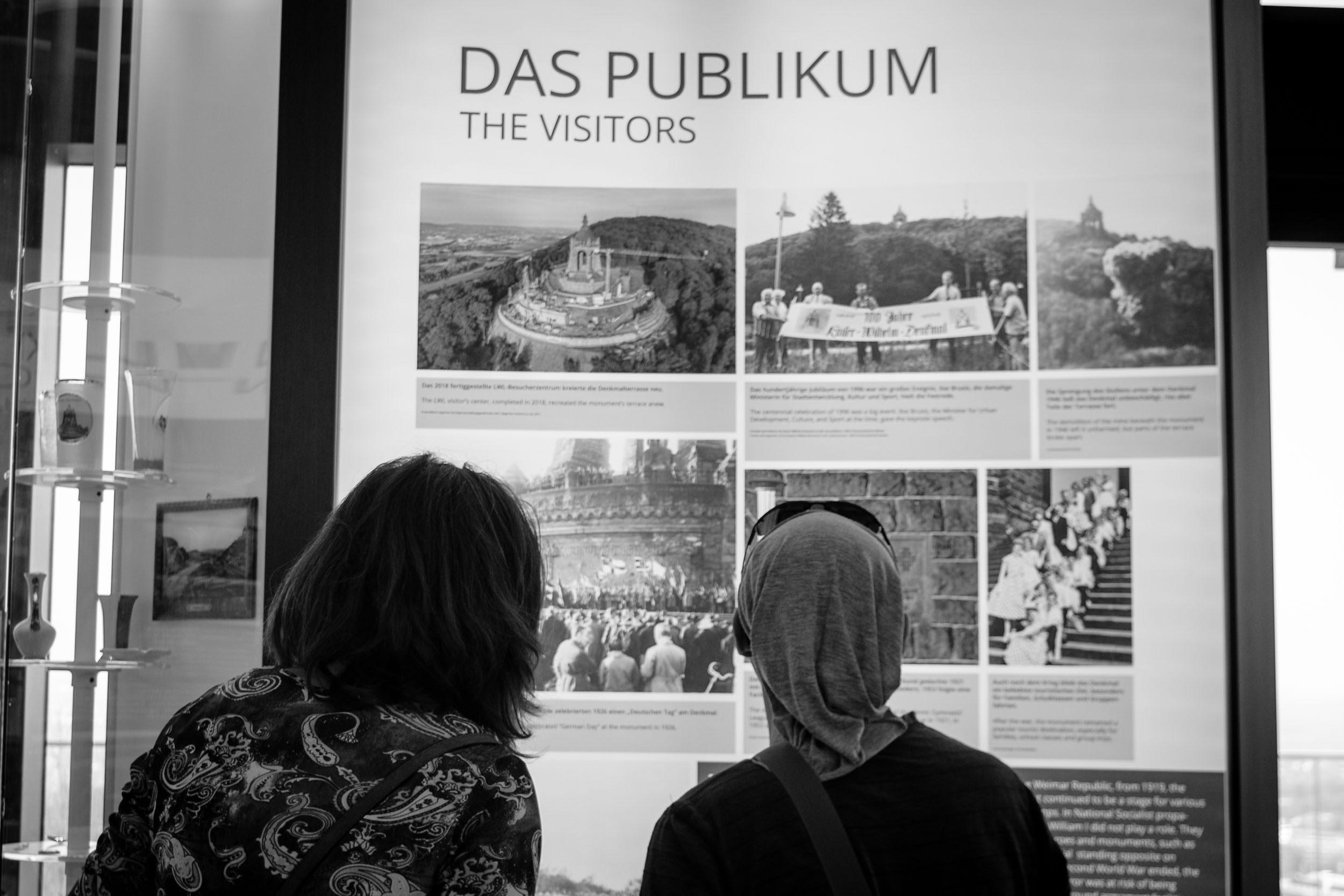 Ausstellung beim Kaiser-Wilhelm-Denkmal an der Porta Westfalica
