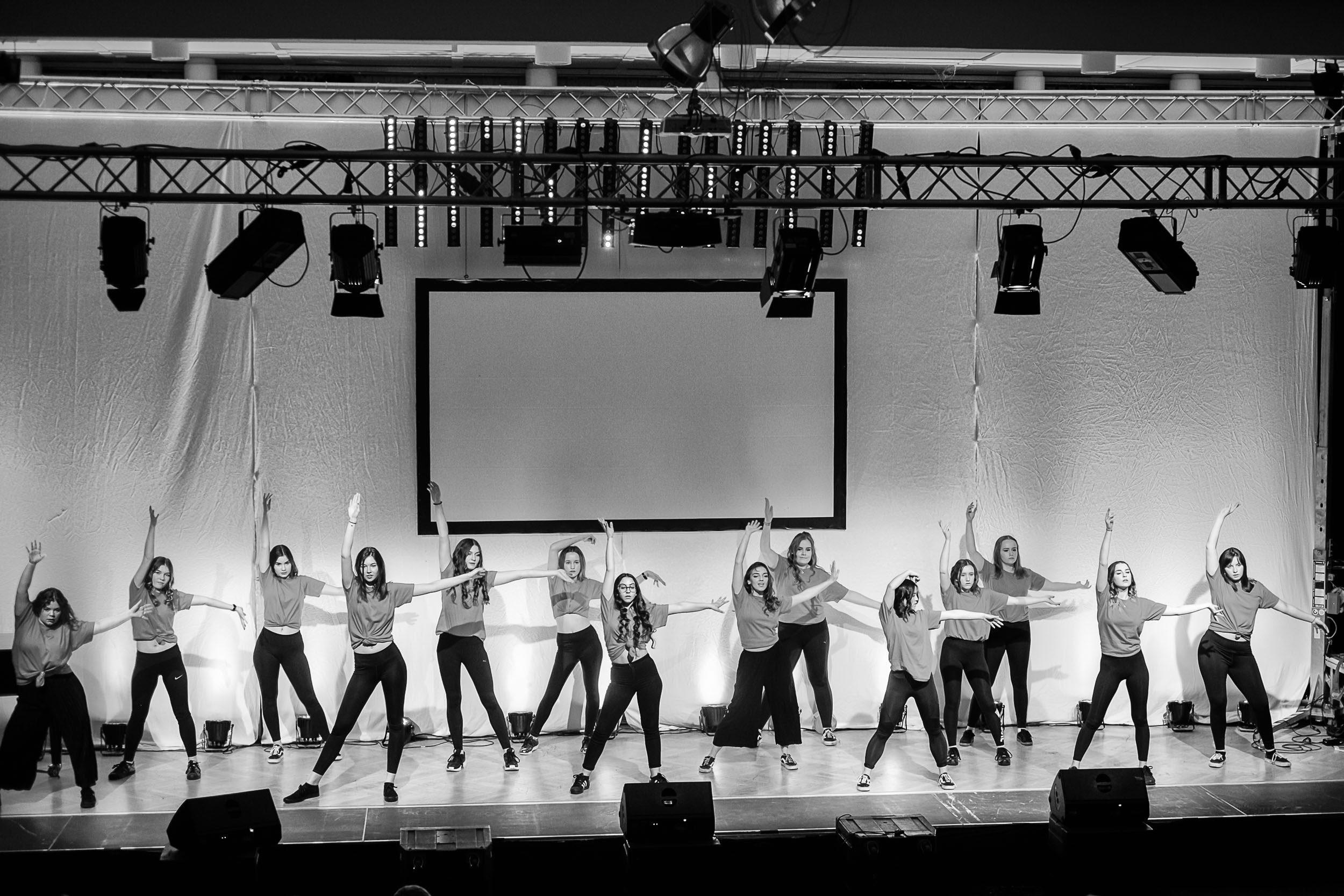 Tanzperformance Varieté Q1 Wesergymnasium Vlotho WGV 2019