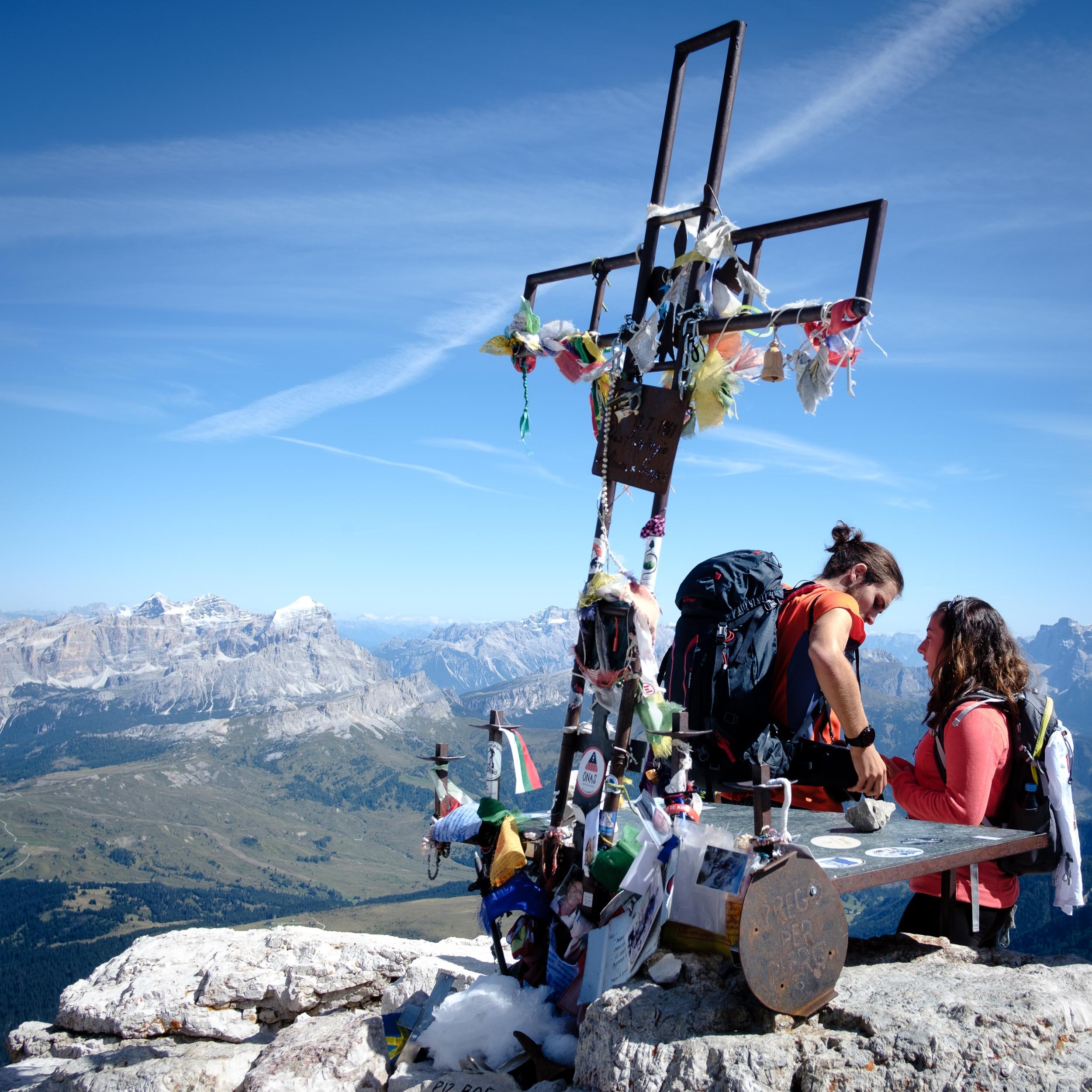 Gipfelkreuz, Piz Boé, Sella, Dolomiten, Italien